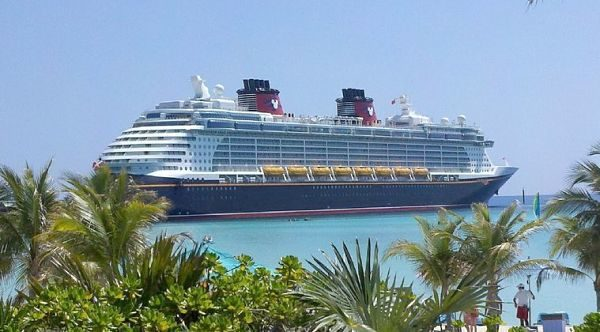 Castaway On A Disney Family Cruise - Family cruise ships