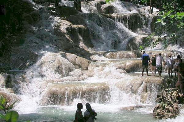 Dunns river falls pictures