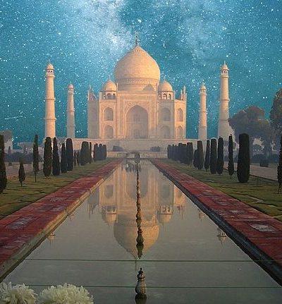 Travel to India to visit Taj Mahal