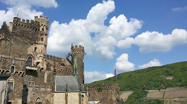 castle burg rheinstein